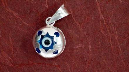 Cementerio General de Begonia Productos14_ojo-turco-plata-colgar